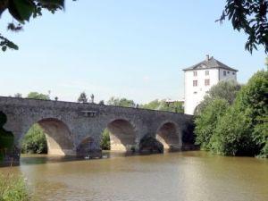 007 Limburg an der Lahn Alte Lahnbrücke met de Brückenturm