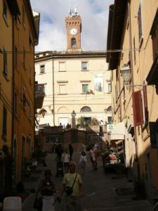 074 zomer 2008 Castagneto Carducci x