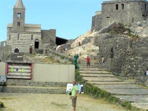 095  zomer 2008 Portovenere Church S.Pietro en the Doria Castle x