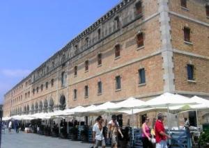 153 barcelona, port vell,museu d'Historia de  Catalunya3 x