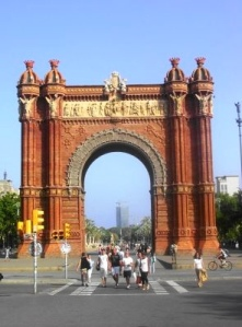 182 barcelona, arc de triom2 x