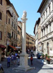 2012 095 Montepulciano Column Marzocco
