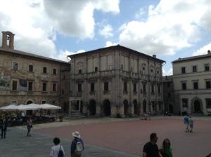 208 Montepulciano, Piazza Gran