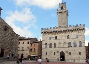 212 Montepulciano, Piazza Grande, Palazzo Comunale