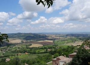 220 Montepulciano