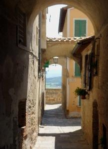 221 Montepulciano en weer een steeg