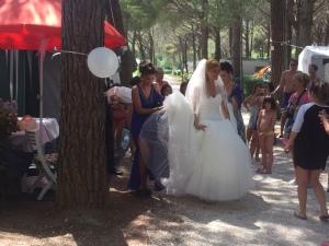 261 Mareblu een bruidje vertrekt vanaf de camping