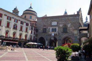 52 Bergamo Palazzo della Ragione