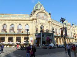 037 Representatiehuis Obecni Dum, is een soort stadhuis, Tegenwoordig worden er concerten georganiseerd,