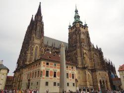 083 Praagse Burcht, derde binnenplein. St Vitus Kathedraal