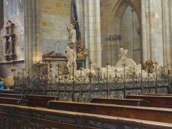 085 Praagse Burcht, derde binnenplein. St Vitus Kathedraal