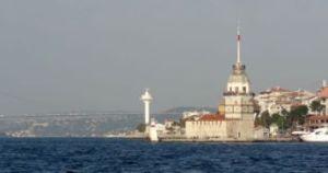 ist 172 We varen ook langs Kiz Kulesi, ook wel meisjestoren genoemd