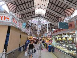 059 Mercado Central 8000 m3, meeer dan 400 kraampjes